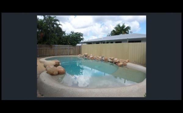 19 Valencia Street KIRWAN Pool